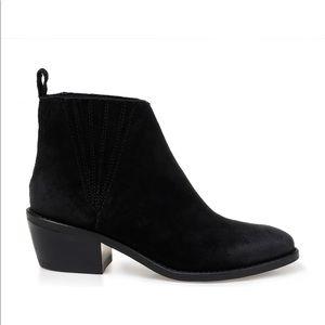 Splendid Black Suede ankle Booties